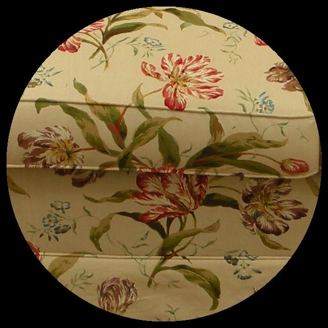 Detail meubelstof groot patroon